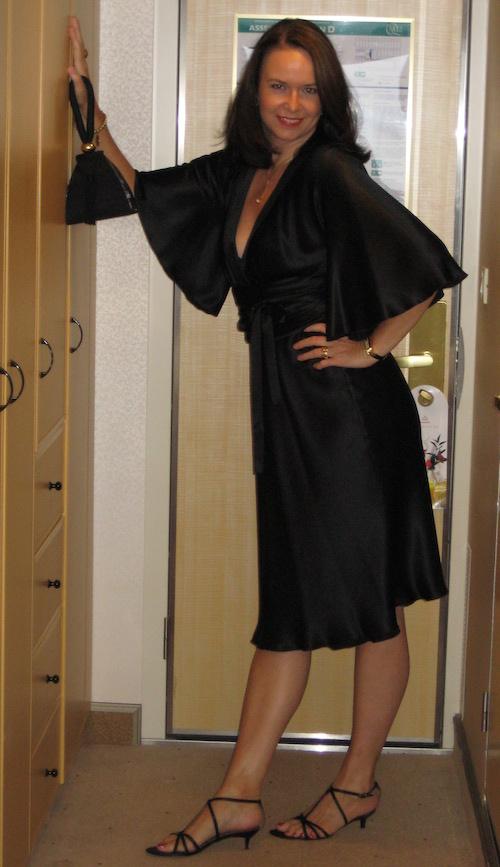 Im kleinen schwarzen auf dr Queen Mary (2008)
