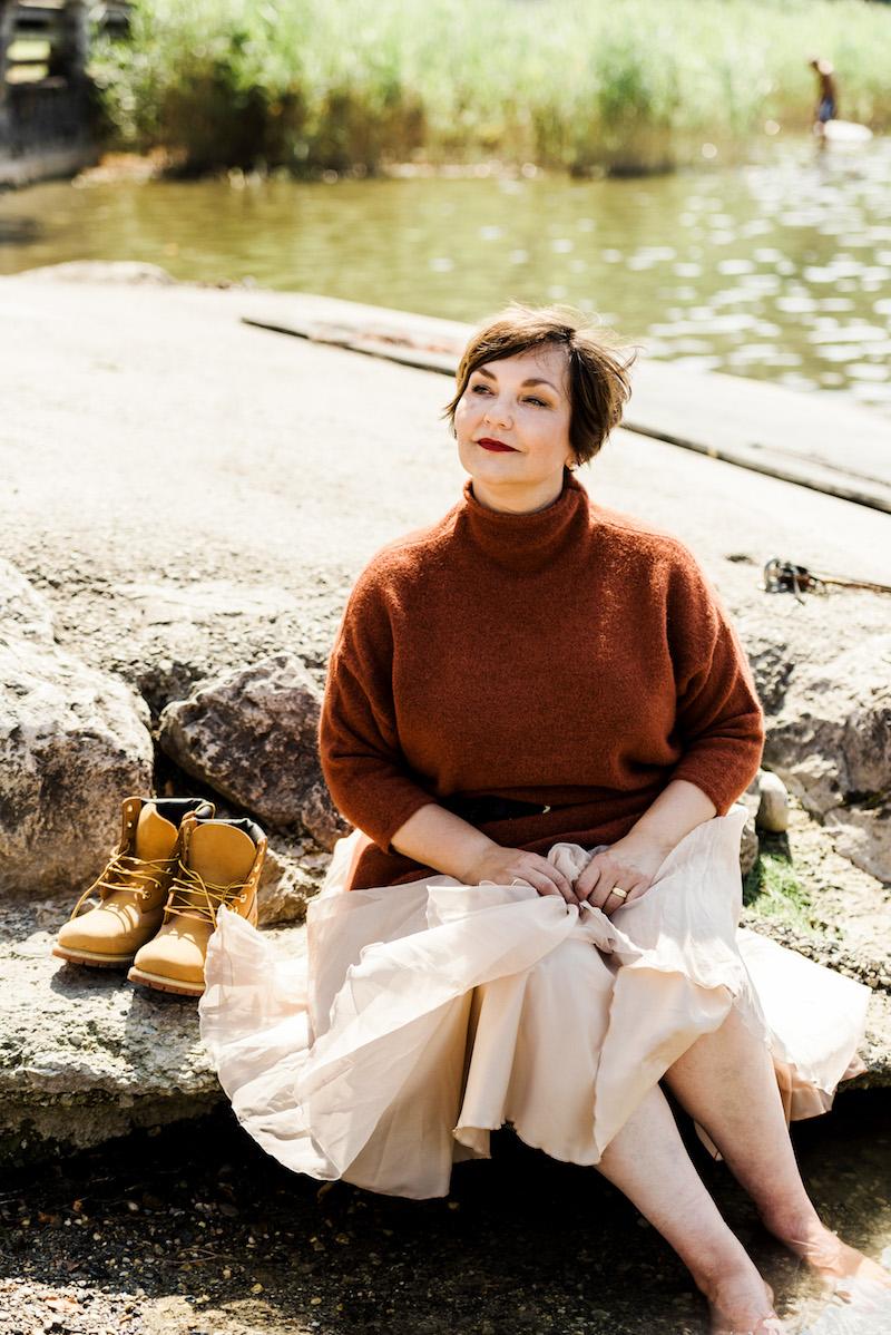 Susanne Ackstaller aka Texterella genießt die ersten Herbsttage am Staffelsee