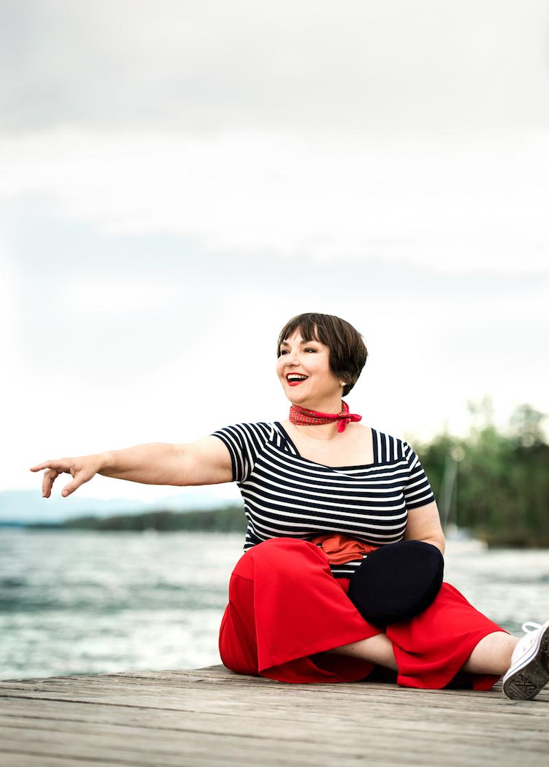 Susanne Ackstaller aka Texterella ist pro aging statt Anti-aging. Denn Lebensfreude kein Alter kennt.