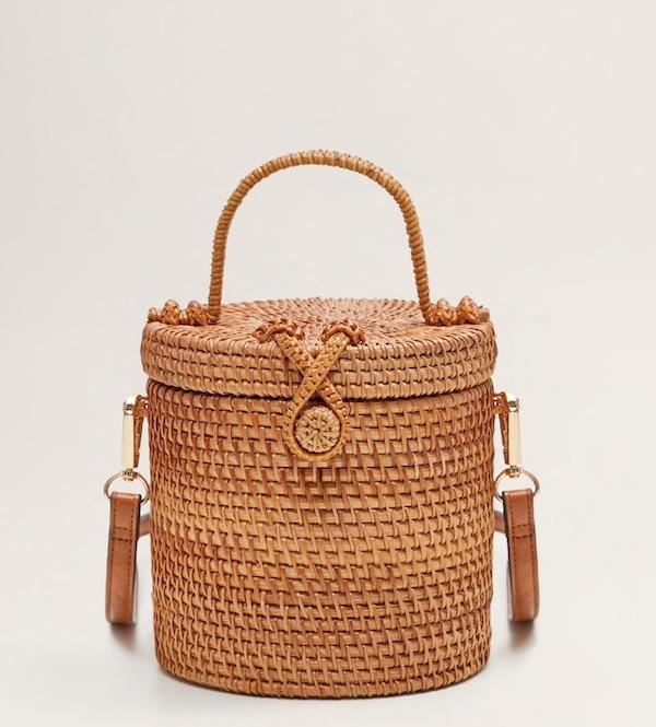 Susanne Ackstaller aka Texterella zeigt dir die schönsten Sommertaschen.