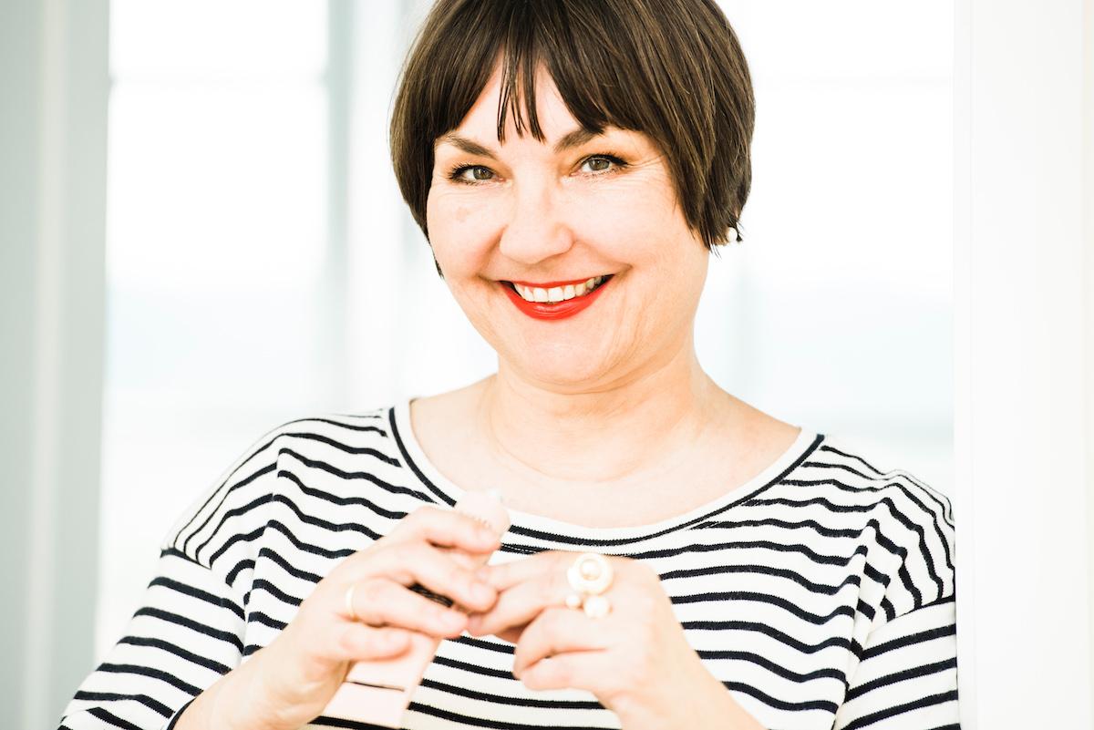 Texterella Susanne Ackstaller stellt Handcremes vor, die wirklich pflegen. Besonders wenn man sich häufig die Hände wäscht.