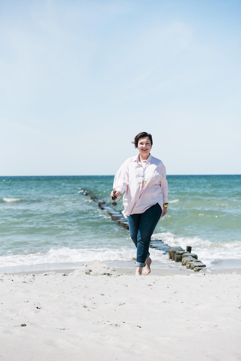 Finanzielle Freiheit im Alter: Susanne Ackstaller verrät dir, wie du deine Lebensträume wahrmachst.