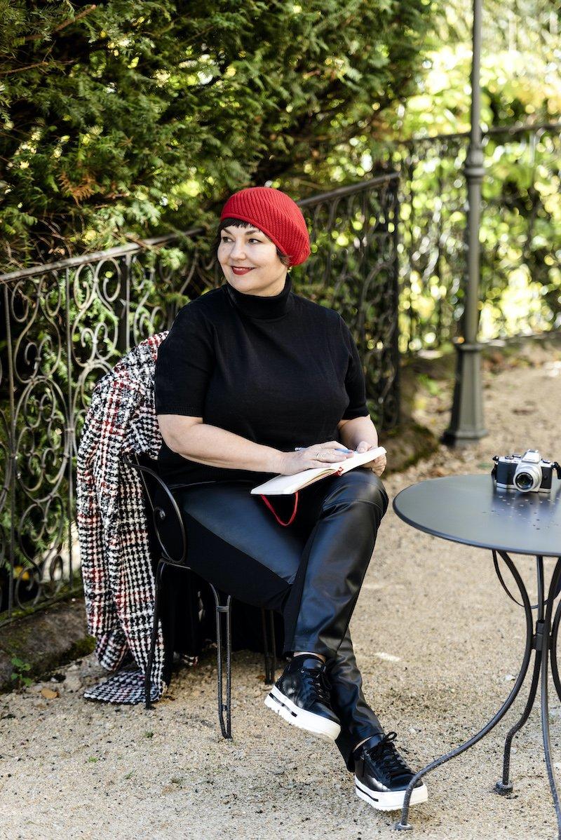 Texterella aka Susanne Ackstaller trägt den im Herbst 2020 angesagten Karolook
