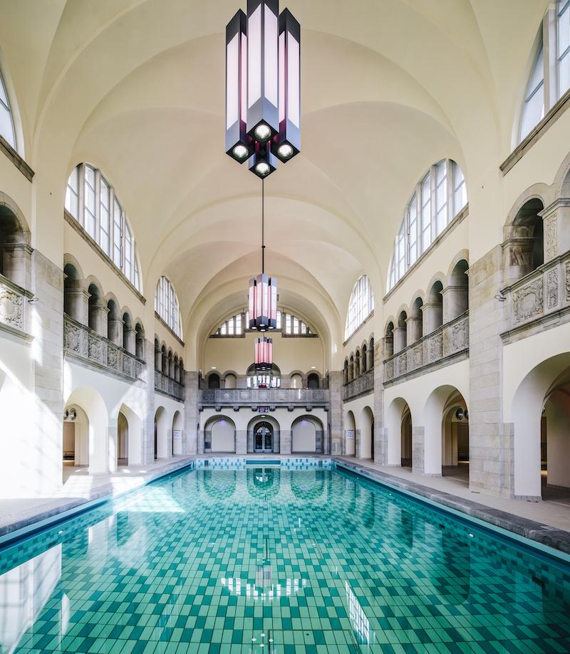 Susanne Ackstaller Texterella im Hotel Oderberger in Berlin - das Schwimmbad