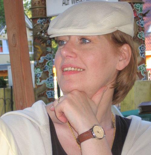 Barbara Lotte 2006 Hutgesicht