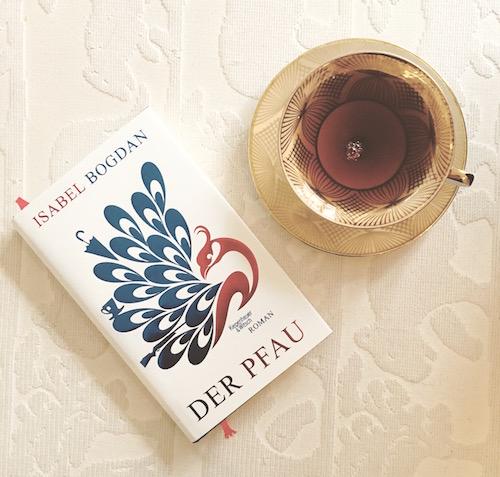 Der Pfau. Ein Roman von Isabel Bogdan.
