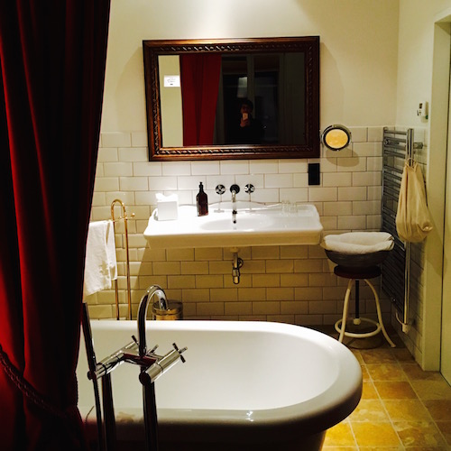 Hotel Wiesler in Graz. Badezimmer in der Grande Suite