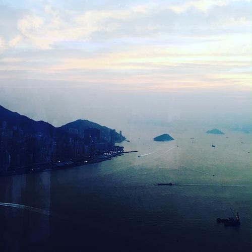 Blick auf das Südchinesische Meer im Abendlicht