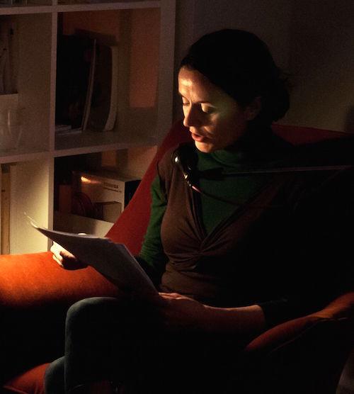 Tina Pruschmann bei einer Lesung
