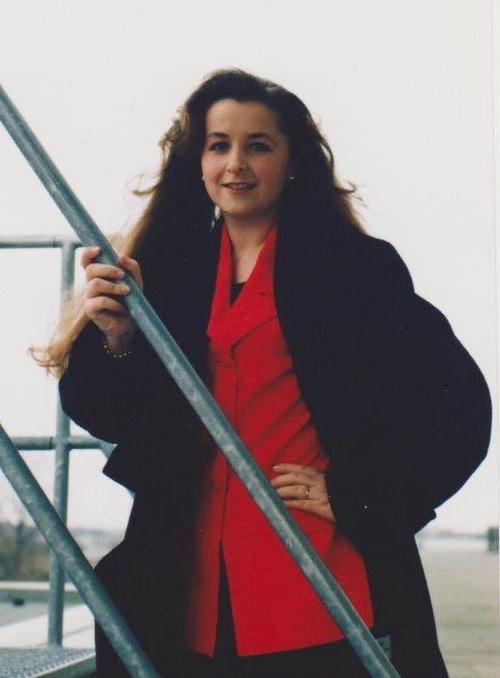 Valerie Müller von life40up im klassischen Businesslook