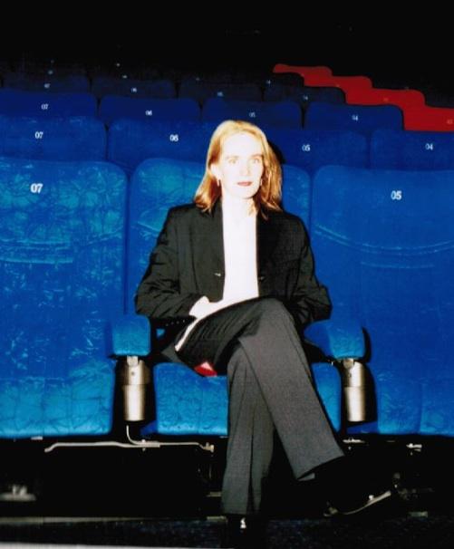Christine Finke: Businessfrau im Hosenanzug