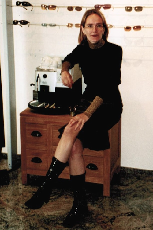 Christine Linke mit Lackstiefeln (2003)