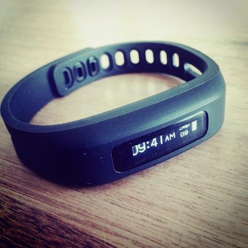 Fitness-Armband von newgen medical im Test