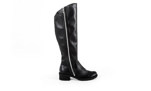 hohe schwarze Stiefel aus veganem Nappa