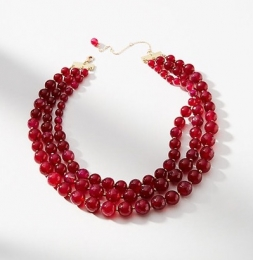 Rotes Collier von Anthropolie