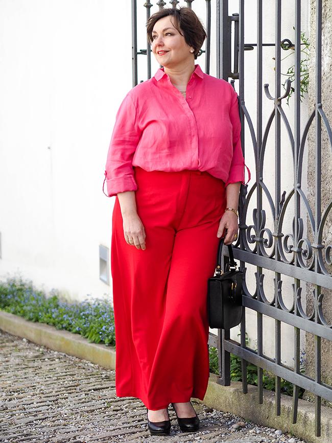 Von wegen altes Eisen: die Pink-Rot-Kombi für Junggebliebene